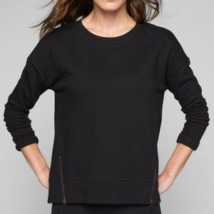 Athleta Cityscape black pullover Sweatshirt sz XS